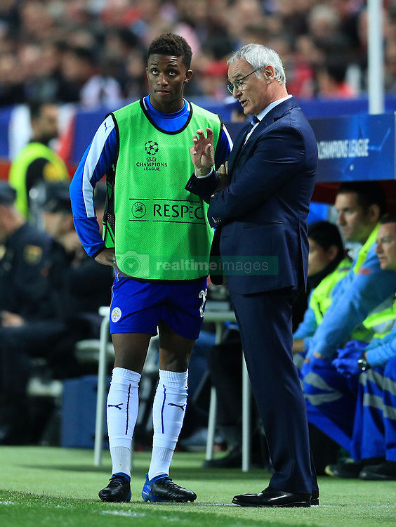 Leicester City's Demarai Gray (left) and Manager Claudio Ranieri (right) on the touchline