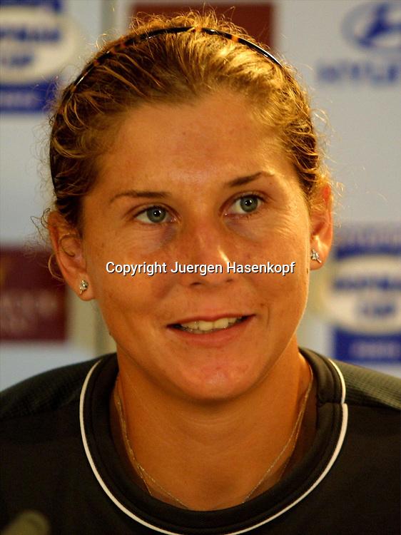 Sport,Tennis,Hopman Cup in Perth,Australien,Mixed<br /> Doubles WM,Monica Seles in Pressekonferenz,<br /> Portraet,portrait,04.01.2002<br /> Foto:Juergen Hasenkopf