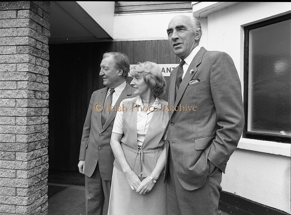 European luncheon at zoo restaurant, Dublin,<br />