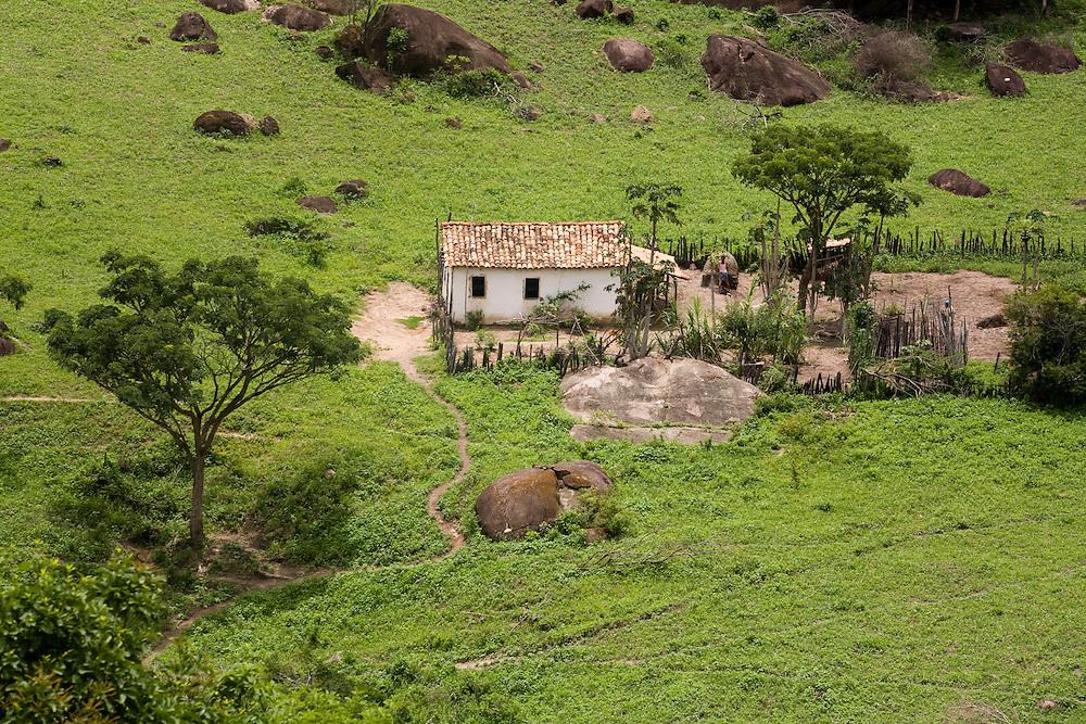 Santo Antonio do Jacinto_MG, Brasil...Casa rural em Santo Antonio do Jacinto...The rural home in Santo Antonio do Jacinto...Foto: LEO DRUMOND / NITRO