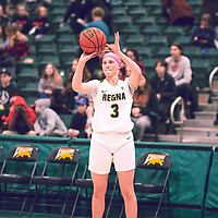 1st year guard, Gabby Kukura (7) of the Regina Cougars during the Women's Basketball Home Game on Fri Feb 01 at Centre for Kinesiology,Health and Sport. Credit: Arthur Ward/Arthur Images