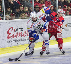 28.12.2018, Stadthalle, Klagenfurt, AUT, EBEL, EC KAC vs EC VSV, 32. Runde, im Bild Matt Pelech (EC Panaceo VSV, #21), Johannes BISCHOFBERGER (EC KAC, #46) // during the Erste Bank Eishockey League 32th round match between EC KAC and EC VSV at the Stadthalle in Klagenfurt, Austria on 2018/12/28. EXPA Pictures © 2018, PhotoCredit: EXPA/ Gert Steinthaler