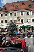 Gasthaus Röhrl am Theresienplatz, Stadtplatz, Straubing, Donau, Bayerischer Wald, Bayern, Deutschland | hotel and pub Röhrl, Stadtplatz, town square, Straubing, Danube, Bavarian Forest, Bavaria, Germany