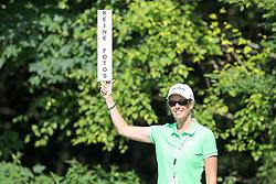25.06.2015, Golfclub München Eichenried, Muenchen, GER, BMW International Golf Open, im Bild Volunteer mit Schild, keine Fotos // during the BMW International Golf Open at the Golfclub München Eichenried in Muenchen, Germany on 2015/06/25. EXPA Pictures © 2015, PhotoCredit: EXPA/ Eibner-Pressefoto/ Kolbert<br /> <br /> *****ATTENTION - OUT of GER*****