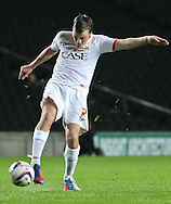 Picture by David Horn/Focus Images Ltd +44 7545 970036.25/09/2012.Stephen Gleeson of Milton Keynes Dons during the Capital One Cup match at stadium:mk, Milton Keynes.