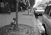 Liten pojke i Paris