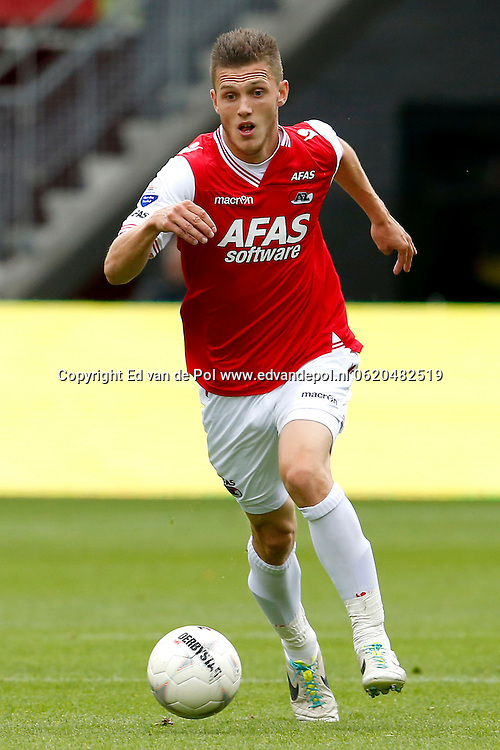 Alkmaar, 01-09-2013, eredivisie, AZ - Vitesse, AFAS Stadion, 1-1, AZ speler Jeffrey Gouweleeuw.