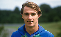Jimmy Quinn, footballer, Swindon Town, possible N Ireland cap, 19840088JQ1..Copyright Image from Victor Patterson, 54 Dorchester Park, Belfast, UK, BT9 6RJ..Tel: +44 28 9066 1296.Mob: +44 7802 353836.Voicemail +44 20 8816 7153.Skype: victorpattersonbelfast.Email: victorpatterson@me.com.Email: victorpatterson@ireland.com (back-up)..IMPORTANT: If you wish to use this image or any other of my images please go to www.victorpatterson.com and click on the Terms & Conditions. Then contact me by email or phone with the reference number(s) of the image(s) concerned.