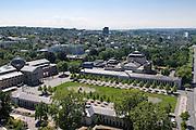 Blick auf Kurhaus, Kolonaden, Staatstheater und Bowling Green, Wiesbaden, Hessen, Deutschland | view of Kurhaus, state theatre and Bowling Green, Wiesbaden, Hesse, Germany