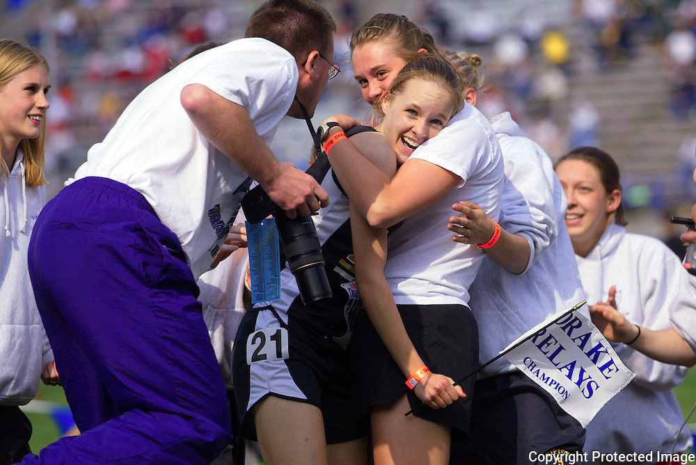 03 Ashley Miller wins 800 or relay ?