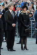 Nationale Dodenherdenking bij het Monument op de Dam.<br /> <br /> National Memorial Day at the Monument on the Dam.<br /> <br /> Op de foto:  Koning Willem-Alexander en koningin M&aacute;xima aanwezig. Het is het eerste publieke optreden van het nieuwe koningspaar. <br /> <br /> King Willem-Alexander and M&aacute;xima present queen. It is the first public appearance of the new royal couple.