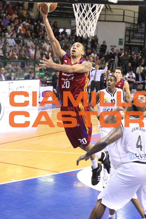DESCRIZIONE : Ferrara Lega A1 2008-09 Carife Ferrara Lottomatica Virtus Roma<br /> GIOCATORE : Ibrahim Jaaber<br /> SQUADRA : Lottomatica Virtus Roma<br /> EVENTO : Campionato Lega A1 2008-2009 <br /> GARA : Carife Ferrara Lottomatica Virtus Roma<br /> DATA : 7/12/2008 <br /> CATEGORIA : Tiro <br /> SPORT : Pallacanestro <br /> AUTORE : Agenzia Ciamillo-Castoria/G.Ciamillo