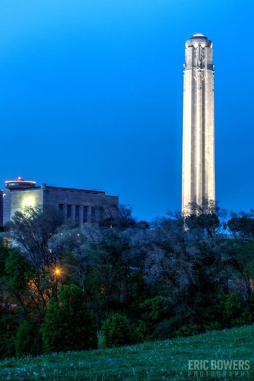 Vertical photo of Liberty Memorial at dusk in Kansas City, MO at dusk.