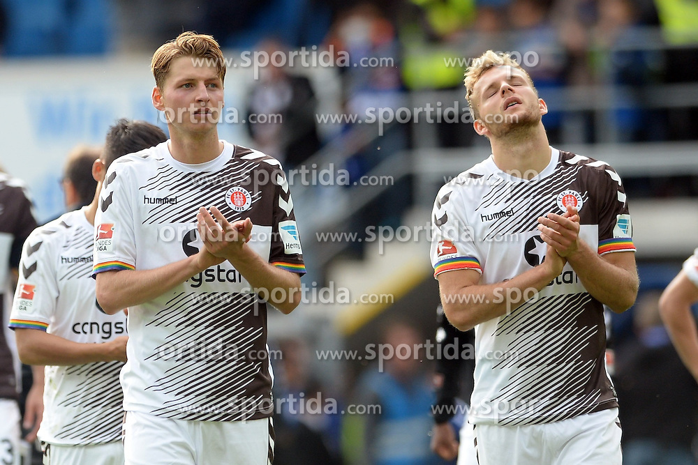 26.09.2015, Benteler Arena, Paderborn, GER, 2. FBL, SC Paderborn 07 vs FC St. Pauli, 9. Runde, im Bild Marc Hornschuh (FC St. Pauli) (L) und Lennart Thy (R) bedanken sich bei den Fans, nach Spielende // during the 2nd German Bundesliga 9th round match between SC Paderborn 07 and FC St. Pauli at the Benteler Arena in Paderborn, Germany on 2015/09/26. EXPA Pictures &copy; 2015, PhotoCredit: EXPA/ Eibner-Pressefoto/ Sippel<br /> <br /> *****ATTENTION - OUT of GER*****