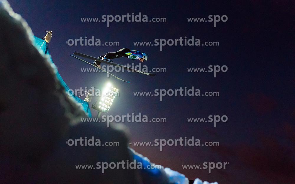 02.12.2016, Vogtland Arena, Klingenthal, GER, FIS Weltcup Ski Sprung, Klingenthal, im Bild Mackenzie Boyd-Clowes (CAN) // Mackenzie  Boyd-Clowes of Canada during the mens FIS Skijumping World Cup at the Vogtland Arena in Klingenthal, Germany on 2016/12/02. EXPA Pictures © 2016, PhotoCredit: EXPA/ JFK