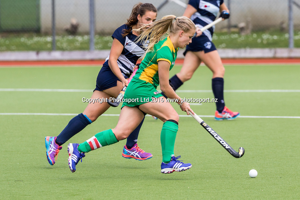 Central's Michaela Curtis in action. Auckland v Central Women, FORD National Hockey League, ITM Hockey Centre, Whangarei, New Zealand. Friday 16 September, 2016. Copyright photo: Heath Johnson / www.photosport.nz