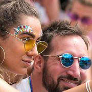 NLD/Amsterdam/20180604 - Gaypride 2018, selfie time
