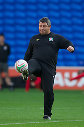CARDIFF, WALES - Tuesday, August 9, 2011: Wales' coach Osian Roberts during a training session at the Cardiff City Satdium ahead of the International Friendly match against Australia. (Photo by David Rawcliffe/Propaganda)