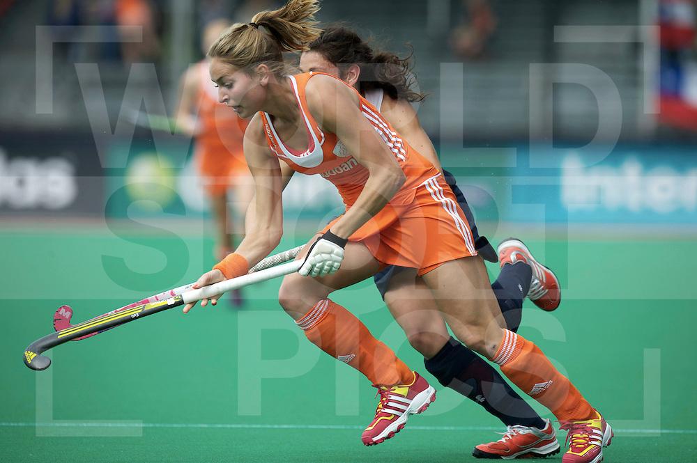 ROTTERDAM - Hock World League Semi Final Women<br /> Netherlands v Chile<br /> foto:  Eva de Goede.<br /> FFU PRESS AGENCY COPYRIGHT FRANK UIJLENBROEK