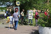 Mannheim. 14.07.17 | Spinelli<br /> Feudenheim. Spinelli. Ehemaliges US Areal wird derzeit als Fl&uuml;chtingsunterkunft verwendet. <br /> 2023 soll hier die Bundesgartenschau BUGA stattfinden.<br /> - Tag der offenen T&uuml;r.<br /> <br /> <br /> BILD- ID 0397 |<br /> Bild: Markus Prosswitz 14JUL17 / masterpress (Bild ist honorarpflichtig - No Model Release!)