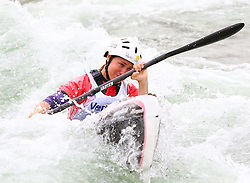 27.06.2015, Verbund Wasserarena, Wien, AUT, ICF, Kanu Wildwasser Weltmeisterschaft 2015, K1 women, im Bild HOLLERIETH Maria Hollerieth (GER) // during the final run in the women's K1 class of the ICF Wildwater Canoeing Sprint World Championships at the Verbund Wasserarena in Wien, Austria on 2015/06/27. EXPA Pictures © 2014, PhotoCredit: EXPA/ Sebastian Pucher