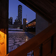 The Lake Shore Drive bridge over the Chicago River at dusk Wednesday, Jan. 13, 2010. (Brian Cassella/Chicago Tribune)