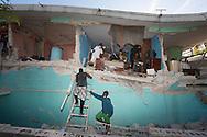 PORTO PRINCIPE, PP, HAITI, 16/01/10, 08h39 (horario local): TERREMOTO NO HAITI:  Vitimas do terremoto no Haiti, cidade de Porto Principe. (foto: Caio Guatelli/Folha Imagem)
