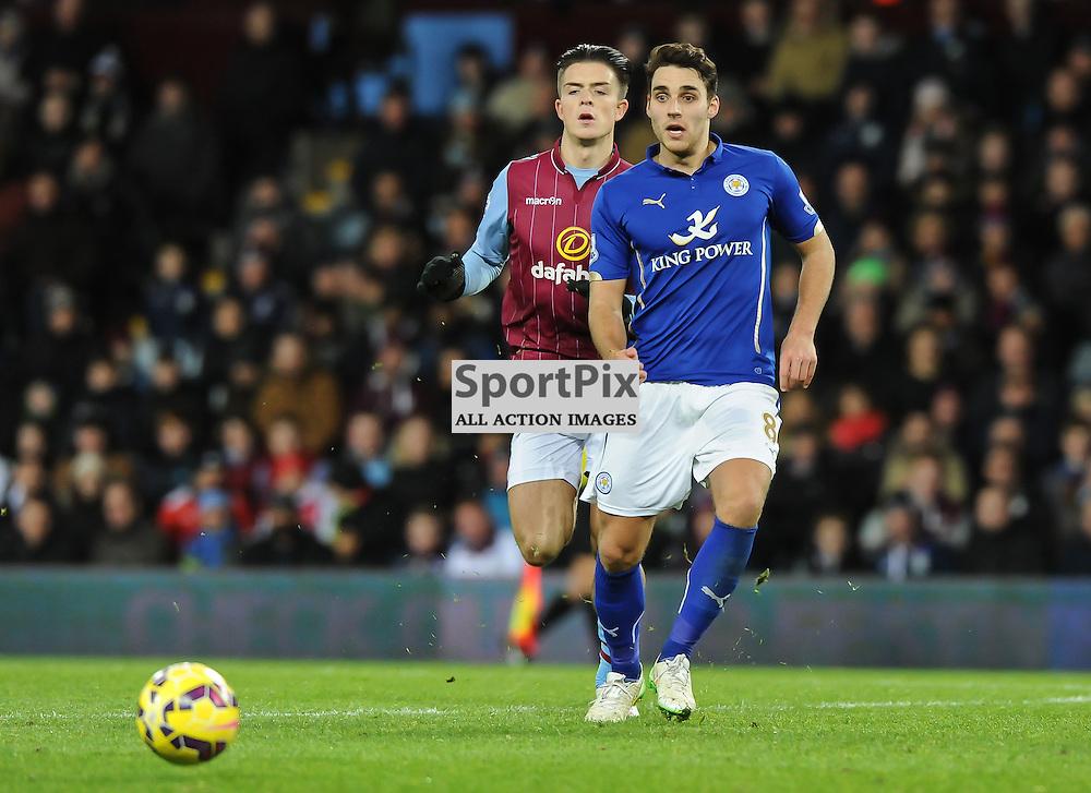 Matty James lays the ball off (c) Simon Kimber | SportPix.org.uk