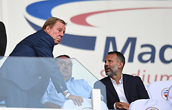 Harry Redknapp (left) and Wales manager Ryan Giggs (right) in the stands before the Sky Bet Championship match at the Madejski Stadium, Reading