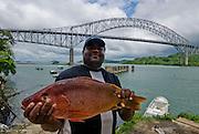 Puerto de pescadores cerca de  de el  puente la Americas en el Canal de Panama..Foto: Ramon Lepage / Istmophoto.