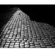"""Autor de la Obra: Aaron Sosa<br /> Título: """"Serie: To Jest Kod / Ese es el Código """"<br /> Lugar: Poznan - Polonia<br /> Año de Creación: 2008<br /> Técnica: Captura digital en RAW impresa en papel 100% algodón Ilford Galeríe Prestige Silk 310gsm<br /> Medidas de la fotografía: 33,3 x 22,3 cms<br /> Medidas del soporte: 45 x 35 cms<br /> Observaciones: Cada obra esta debidamente firmada e identificada con """"grafito – material libre de acidez"""" en la parte posterior. Tanto en la fotografía como en el soporte. La fotografía se fijó al cartón con esquineros libres de ácido para así evitar usar algún pegamento contaminante.<br /> <br /> Precio: Consultar<br /> Envios a nivel nacional  e internacional."""