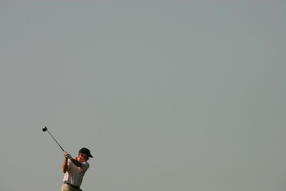 Brad Lardon..2004 Cialis Western Open.Second Round Round.Cog Hill GC.Lemont, IL.Friday, July 2, 2004..photograph by Darren Carroll..