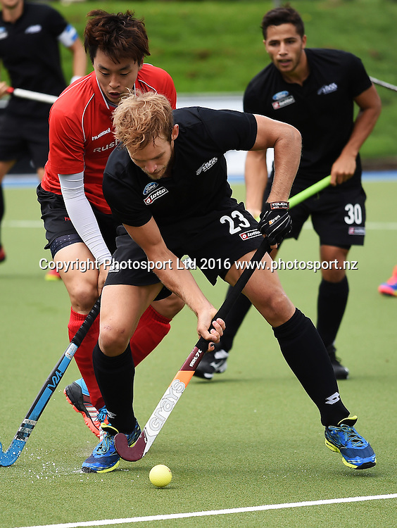 New Zealand's Shay Neal in action. Black Sticks Men vs Korea test match series, Lloyd Elsmore Hockey Stadium, Auckland, New Zealand. Saturday 19 March 2016. Photo: Andrew Coranga / www.photosport.nz