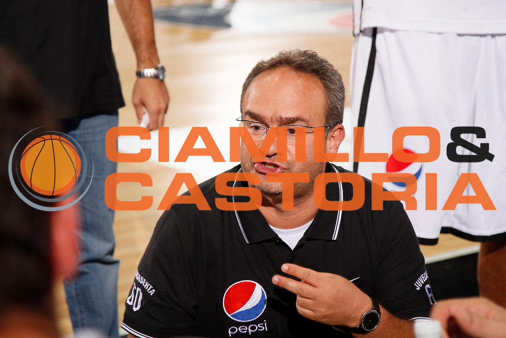 DESCRIZIONE : Caserta Lega A 2011-2012 Torneo IRTET Semifinali Pepsi Caserta Sidigas Avellino<br /> GIOCATORE : Stefano Sacripanti<br /> SQUADRA : Pepsi Caserta<br /> EVENTO : Campionato Lega A 2011-2012<br /> GARA : Pepsi Caserta Sidigas Avellino<br /> DATA : 01/10/2011<br /> CATEGORIA : ritratto timeout<br /> SPORT : Pallacanestro<br /> AUTORE : Agenzia Ciamillo-Castoria/A.De Lise<br /> Galleria : Lega Basket A 2011-2012<br /> Fotonotizia : Caserta Lega A 2011-2012 Torneo IRTET Semifinali Pepsi Caserta Sidigas Avellino<br /> Predefinita :