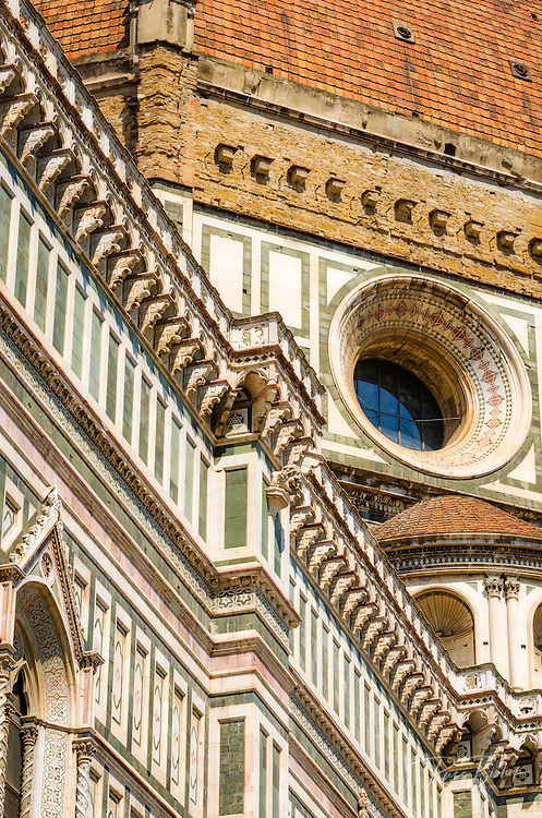 Fascade detail at the Cathedral of Santa Maria del Fiore (Duomo), Florence, Tuscany, Italy