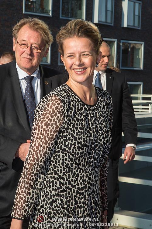 NLD/Delft/20160316 - Prinses Mabel en Prinses Beatrix aanwezig bij uitreiking Prins Friso Ingenieursprijs 2016 , Prinses Mabel