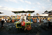 MAROC, Marrakesh: Jemaa El Fna square