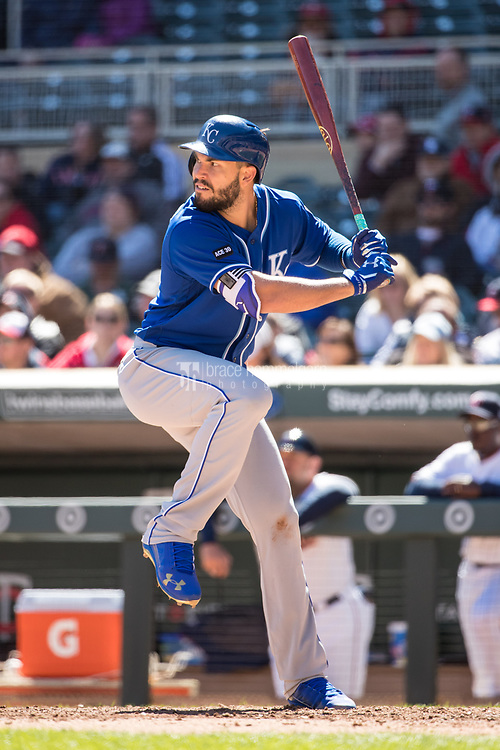 MINNEAPOLIS, MN- APRIL 6: Eric Hosmer #35 of the Kansas City Royals bats against the Minnesota Twins on April 6, 2017 at Target Field in Minneapolis, Minnesota. The Twins defeated the Royals 5-3. (Photo by Brace Hemmelgarn) *** Local Caption *** Eric Hosmer