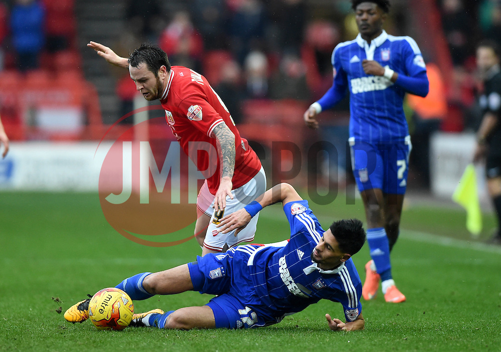 Lee Tomlin of Bristol City tussles for the ball with Kevin Bru of Ipswich Town  - Mandatory byline: Joe Meredith/JMP - 13/02/2016 - FOOTBALL - Ashton Gate - Bristol, England - Bristol City v Ipswich Town - Sky Bet Championship