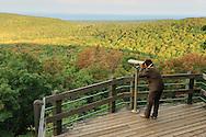 MR, viewing platform at Summit Peak towards Lake Superior, Porcupine Mountains Wilderness State Park, Michigan, USA
