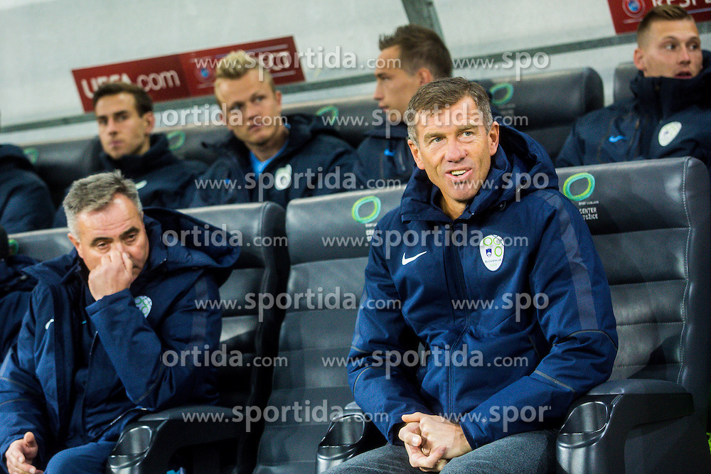 Srecko Katanec head coach of Slovenian national team during football match between National teams of Slovenia and England in Round #3 of FIFA World Cup Russia 2018 qualifications in Group F, on October 11, 2016 in SRC Stozice, Ljubljana, Slovenia. Photo by Grega Valancic / Sportida