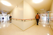 """Résidence La Seigneurie de Vaudreuil, Pierre Richard architecte, finaliste pour le Prix d'Excellence en Architecture """"Architecture & Accessibilité universelle"""" 2007/2008 décerné par l'Ordre des Architectes du Québec. à   / Montreal / Canada / 2009-02-10, © Photo Marc Gibert / adecom.ca"""