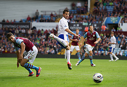 BIRMINGHAM, ENGLAND - Saturday, August 25, 2012: Everton's Kevin Mirallas iin action against Aston Villa on his debut during the Premiership match at Villa Park. (Pic by David Rawcliffe/Propaganda)
