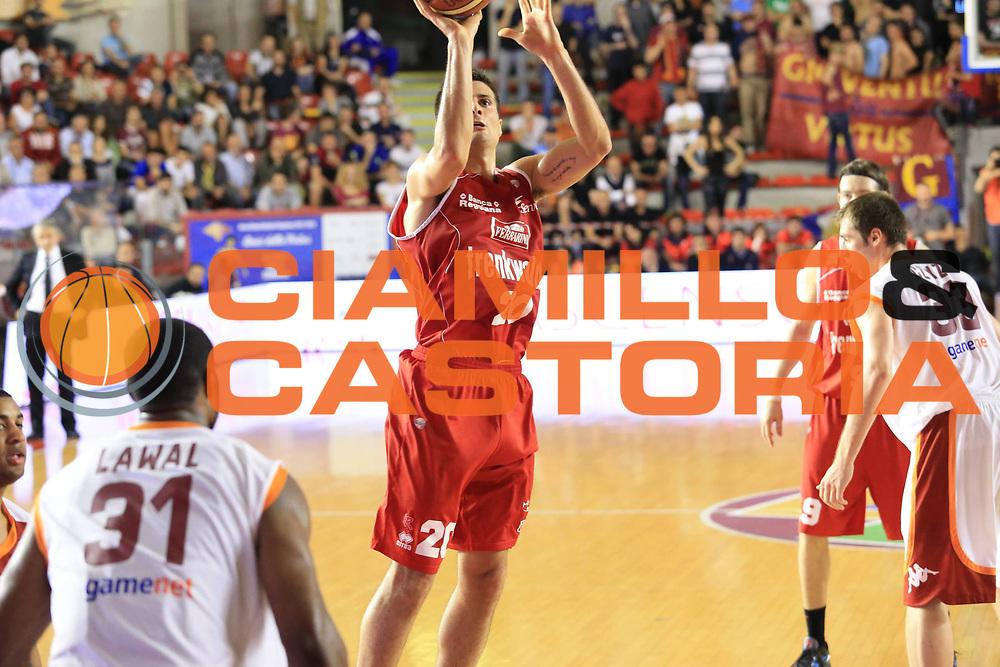DESCRIZIONE : Roma Lega A 2012-2013 Acea Roma Trenkwalder Reggio Emilia playoff quarti di finale gara 1<br /> GIOCATORE : Cinciarini Andrea<br /> CATEGORIA : tiro<br /> SQUADRA : Trenkwalder Reggio Emilia<br /> EVENTO : Campionato Lega A 2012-2013 playoff quarti di finale gara 1<br /> GARA : Acea Roma Trenkwalder Reggio Emilia<br /> DATA : 09/05/2013<br /> SPORT : Pallacanestro <br /> AUTORE : Agenzia Ciamillo-Castoria/M.Simoni<br /> Galleria : Lega Basket A 2012-2013  <br /> Fotonotizia : Roma Lega A 2012-2013 Acea Roma Trenkwalder Reggio Emilia playoff quarti di finale gara 1<br /> Predefinita :