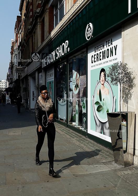 London, Oxford street.