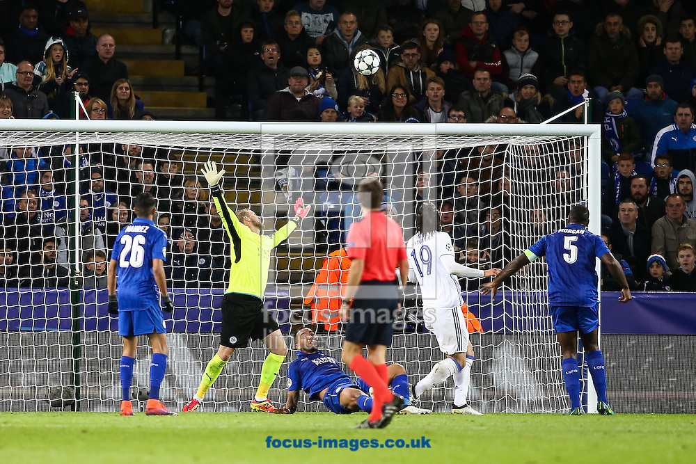Federico Santander of FC Copenhagen (2nd right) watches his header sail over the bar during the UEFA Champions League match at the King Power Stadium, Leicester<br /> Picture by Andy Kearns/Focus Images Ltd 0781 864 4264<br /> 18/10/2016