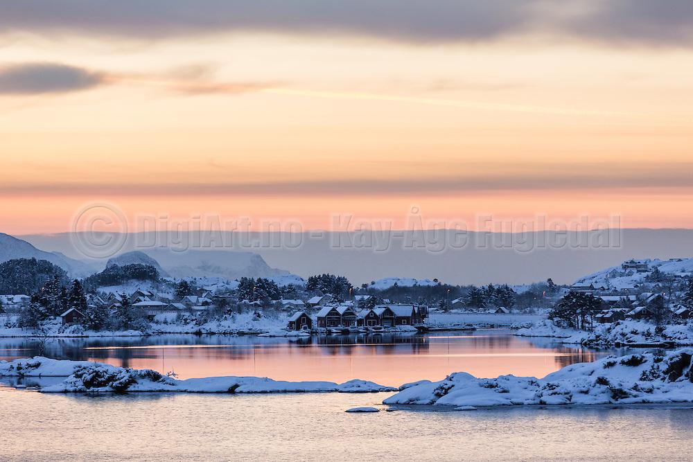 Winterlandscape in Norway, nearby Fosnavåg | Vinterlandskap i Stridestraumen.