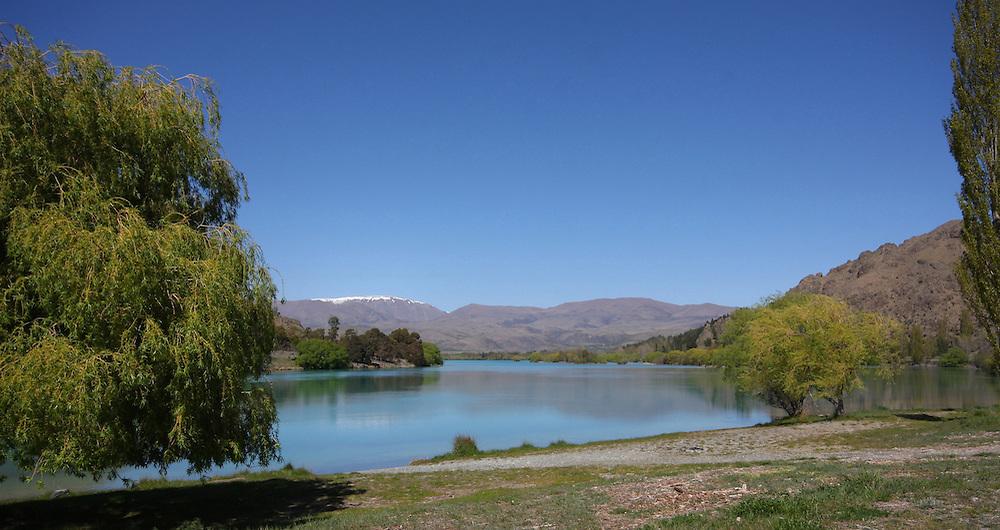 Waitaki River, just below the Benmore Dam, New Zealand, Wednesday, October 13, 2010.  Credit:SNPA/Pam Johnson