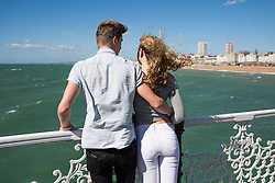 © Licensed to London News Pictures. 08/09/2016. Brighton, UK. 18 year olds MOLLY and FINN from Essex spend a few days relaxing in Brighton. Photo credit: Hugo Michiels/LNP