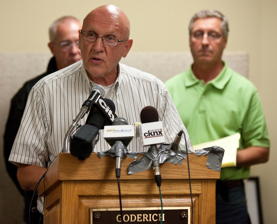 Goderich Mayor Delbert Shewfelt speaks at a press conference after a the town was hit by a tornado hit the Ontario, Sunday, August 21, 2011.<br /> THE CANADIAN PRESS/ Geoff Robins